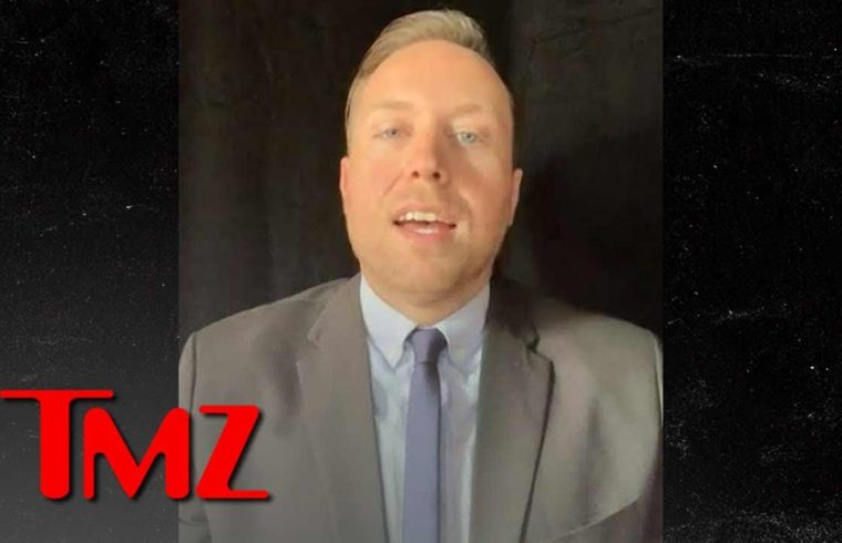 Fake Blood-Pouring Trump Star Vandal Was PETA Worker Who's Been Fired | TMZ 1