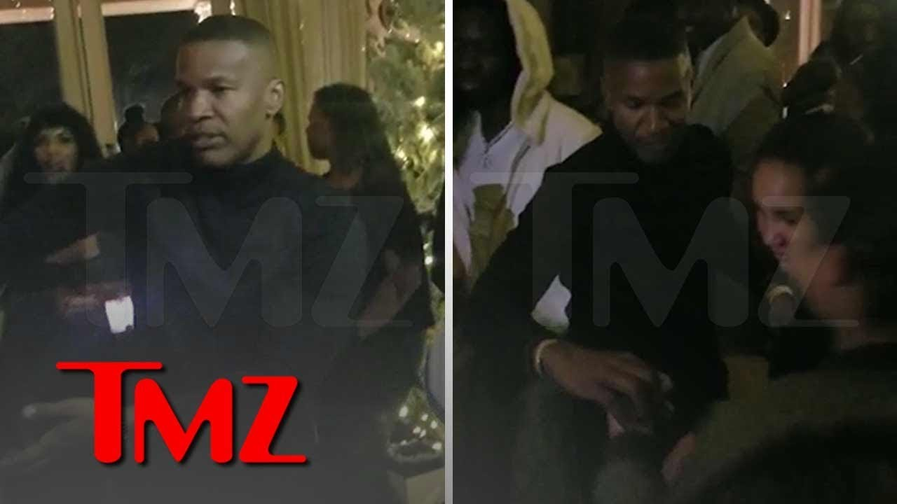Jamie Foxx Dancing During His Holiday Party in Los Angeles | TMZ 5