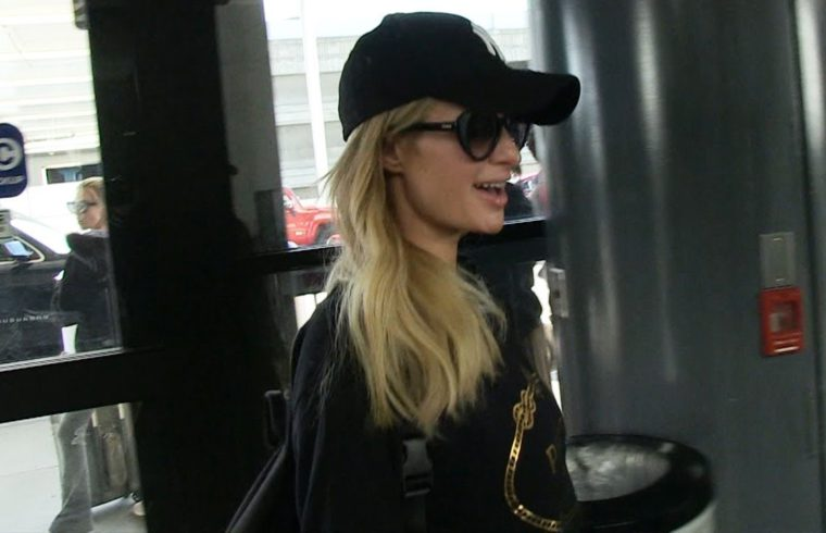 Paris Hilton Doubles Down on Keeping $2 Mil Engagement Ring, Say It Was Free 1