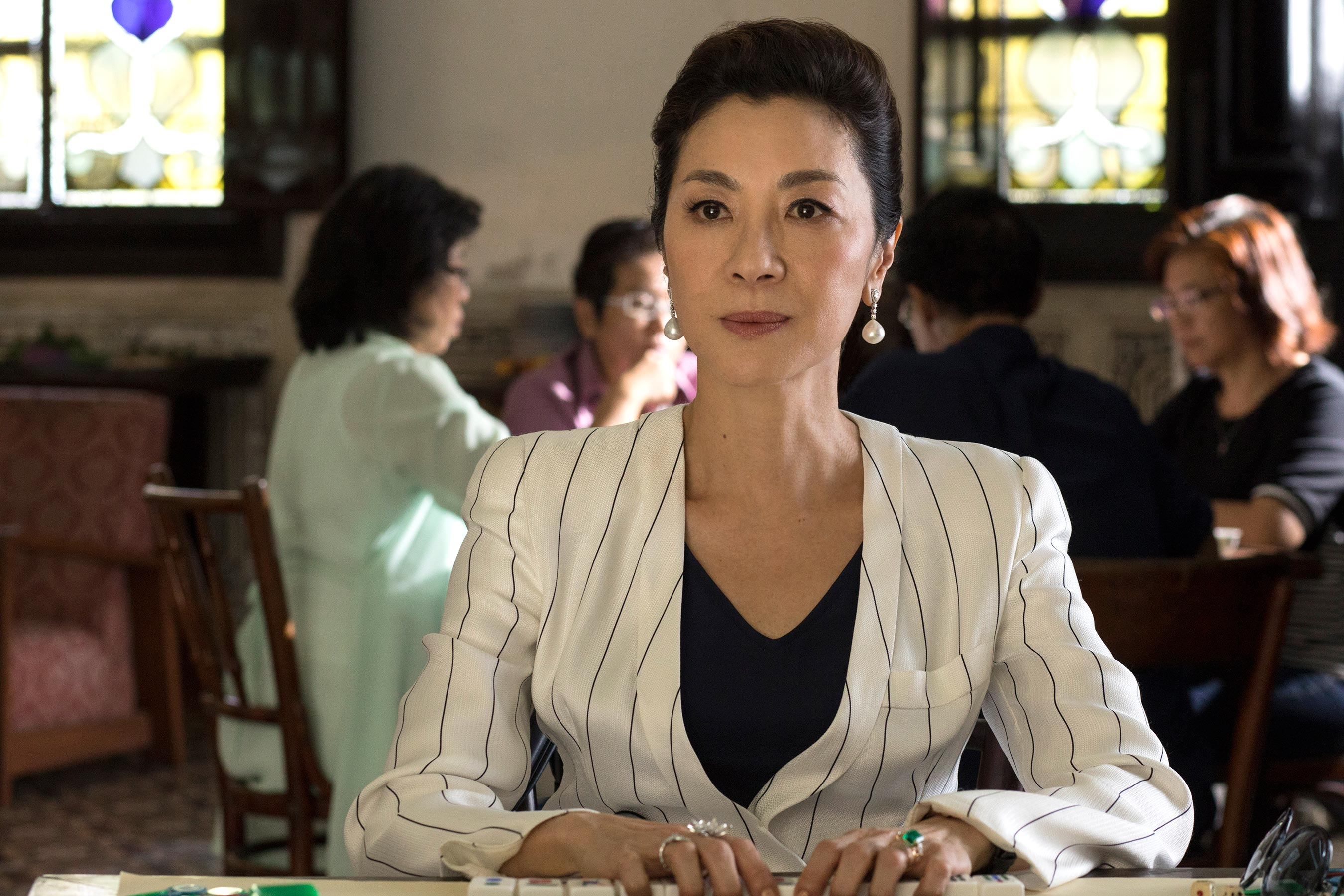Michelle Yeoh on how<em>Crazy Rich Asians</em>awards buzz feels different from<em>Crouching Tiger</em> 2