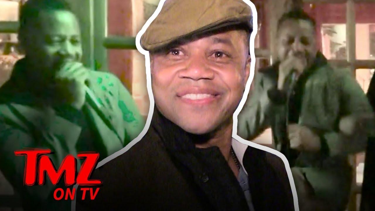 Cuba Gooding Jr. Gets His Karaoke On! | TMZ TV 1