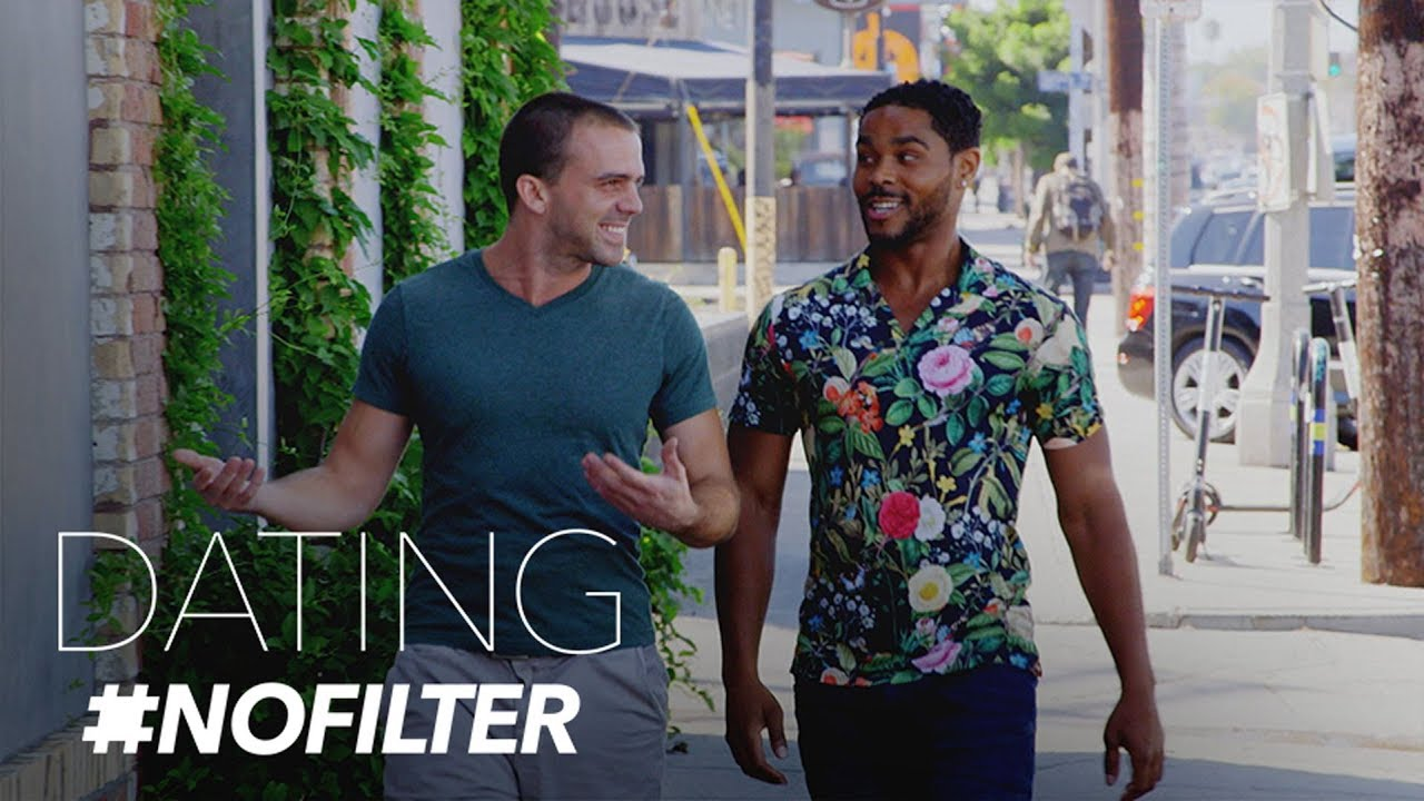 Red Flags Aplenty During Gay Date at Sausage Restaurant | Dating #NoFilter | E! 5