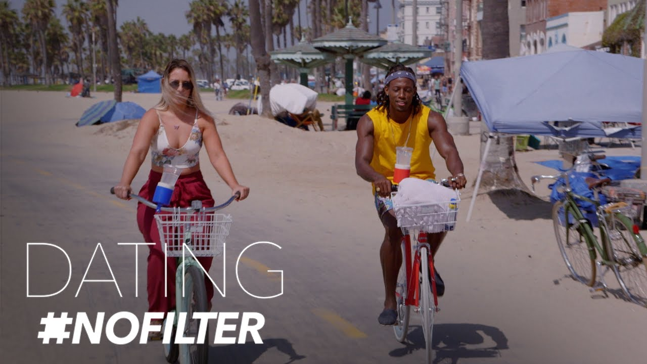 Scot Takes Alexa to Nail Salon for Their First Date  | Dating #NoFilter | E! 1