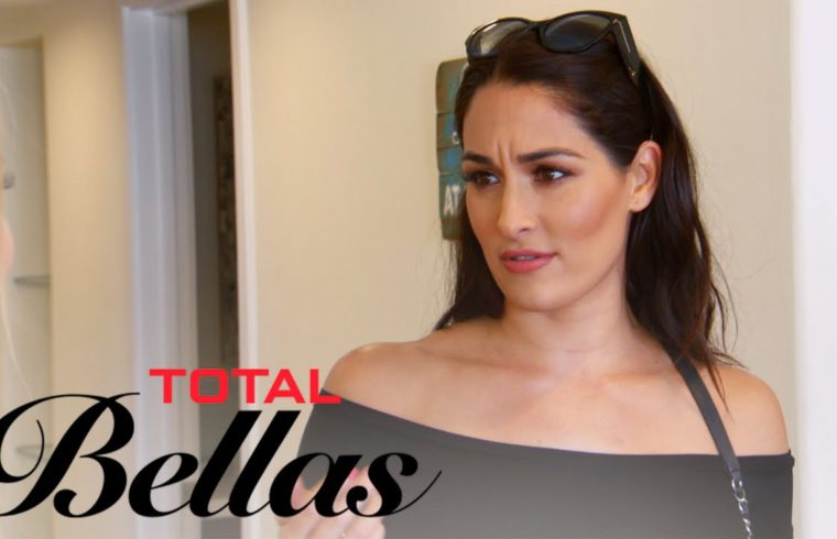 Nikki Bella Gets Bombarded By Fans at Her Beach House   Total Bellas   E! 1