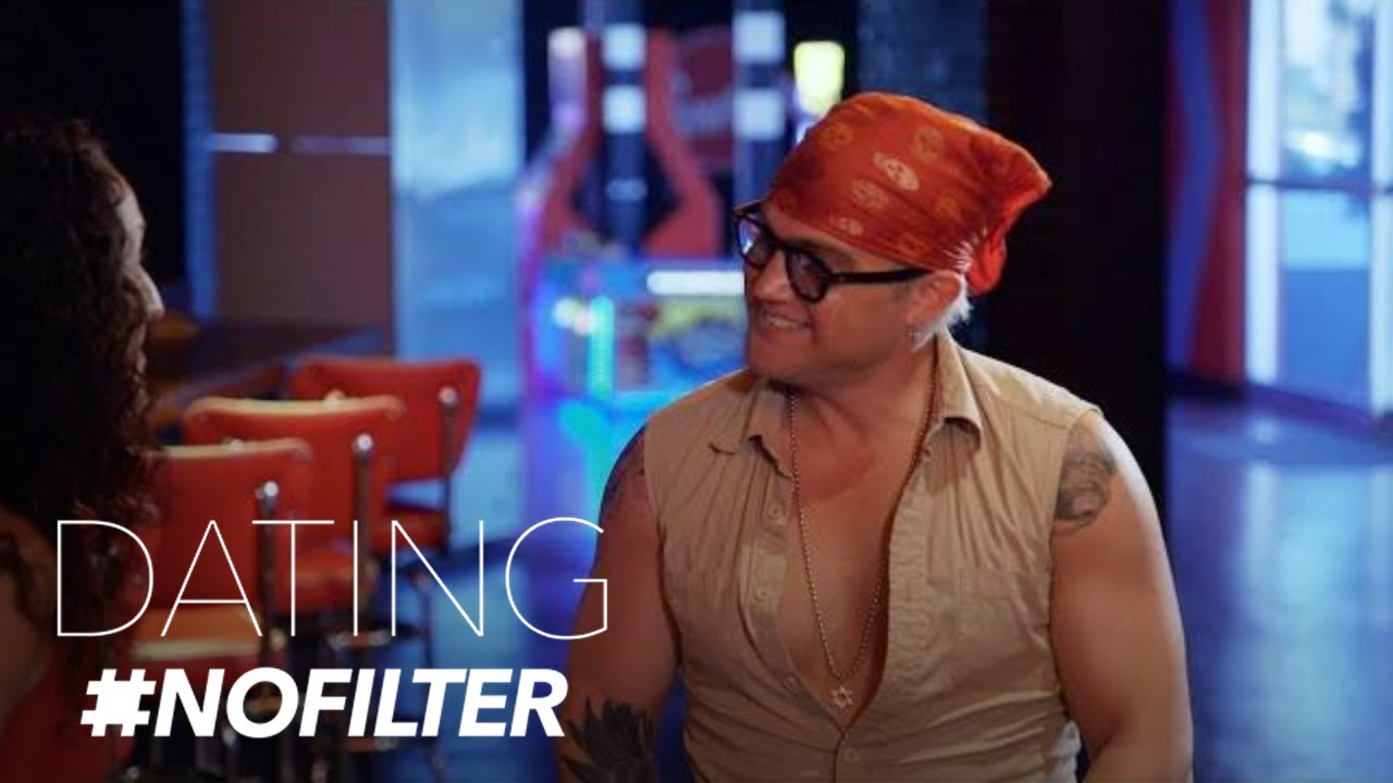 Will Jonathan's Dog Help His Date With Sara? | Dating #NoFilter | E! 5