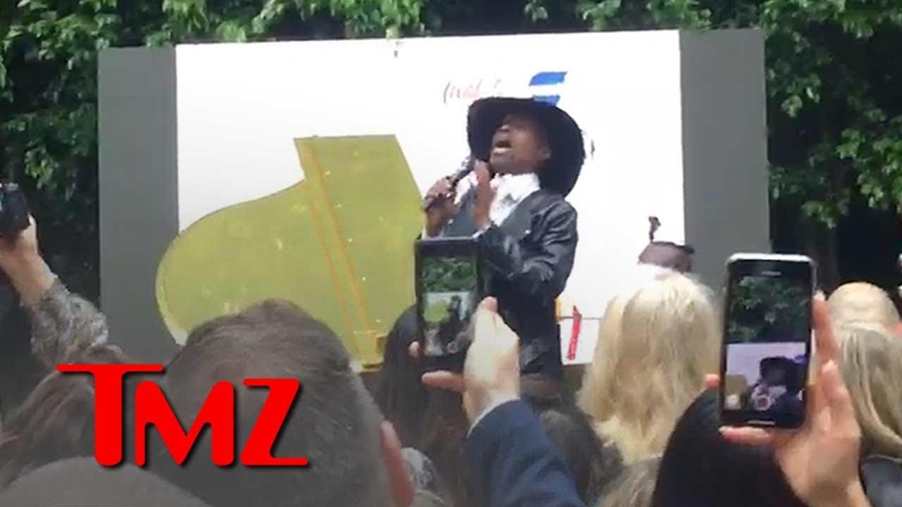 Billy Porter Sings 'Shallow' From 'A Star is Born' at Gold Meets Golden Event | TMZ 5