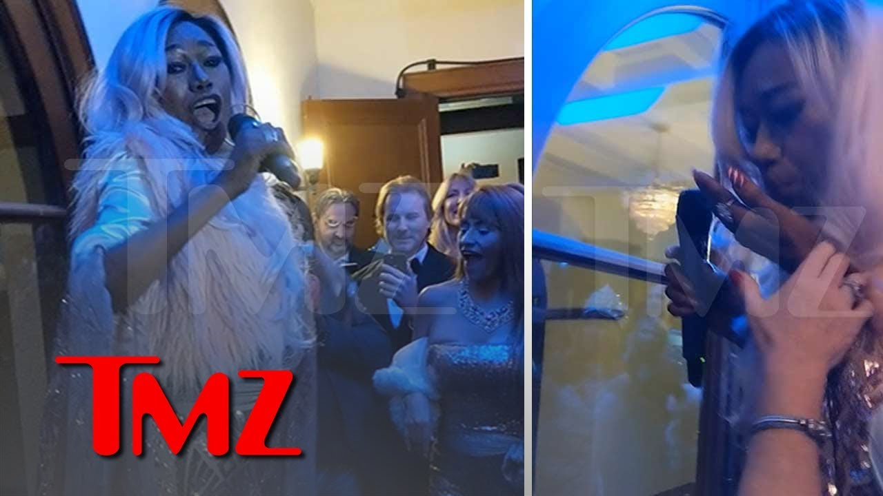 The Pointer Sisters' Bonnie Throws Up Onstage, Keeps Performing 'I'm So Excited' | TMZ 5