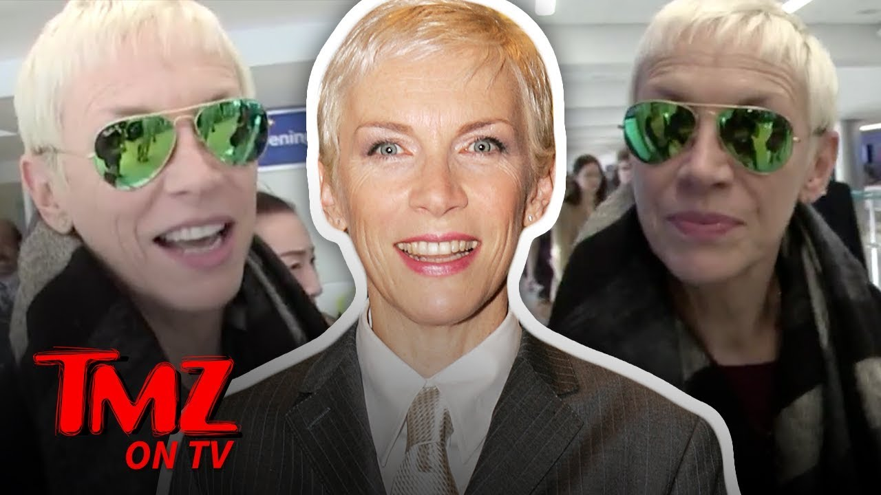 Fans Go Crazy When Seeing Annie Lennox At The Airport | TMZ TV 4