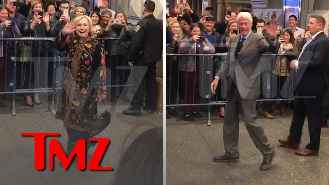 Hillary, Bill and Chelsea Get Mad Cheers on Broadway | TMZ 4