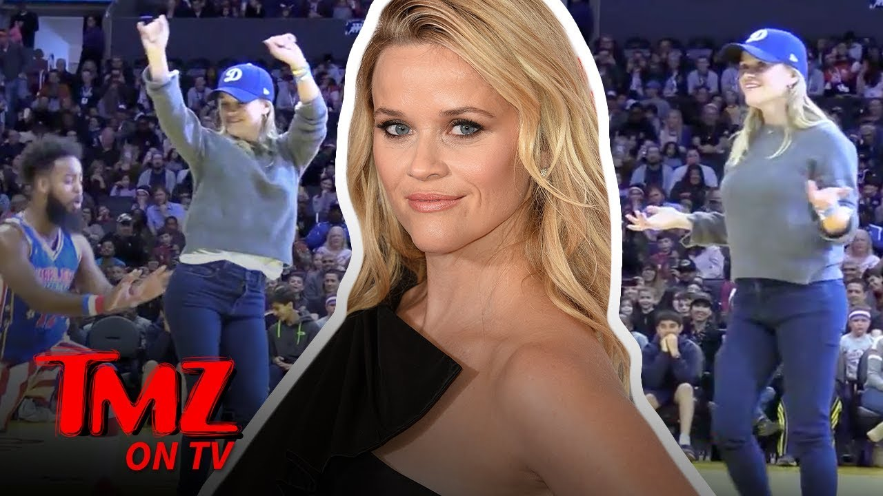 Reese Witherspoon Sits Courtside At A Harlem Globetroters Game | TMZ TV 1