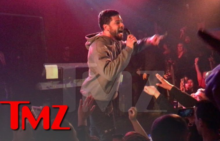 Jussie Smollett Calls The Crowd To Action At His First Concert Since Attack | TMZ 1