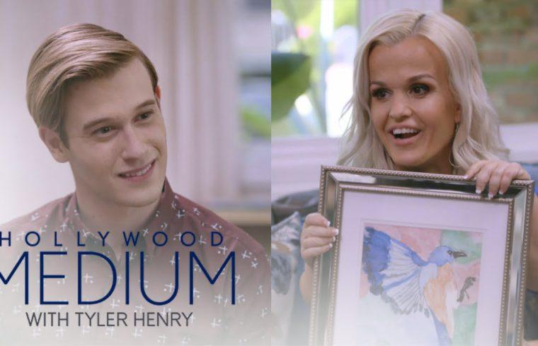 Terra Jole's Aunt Sends a Sign Through Tyler Henry | Hollywood Medium with Tyler Henry | E! 1