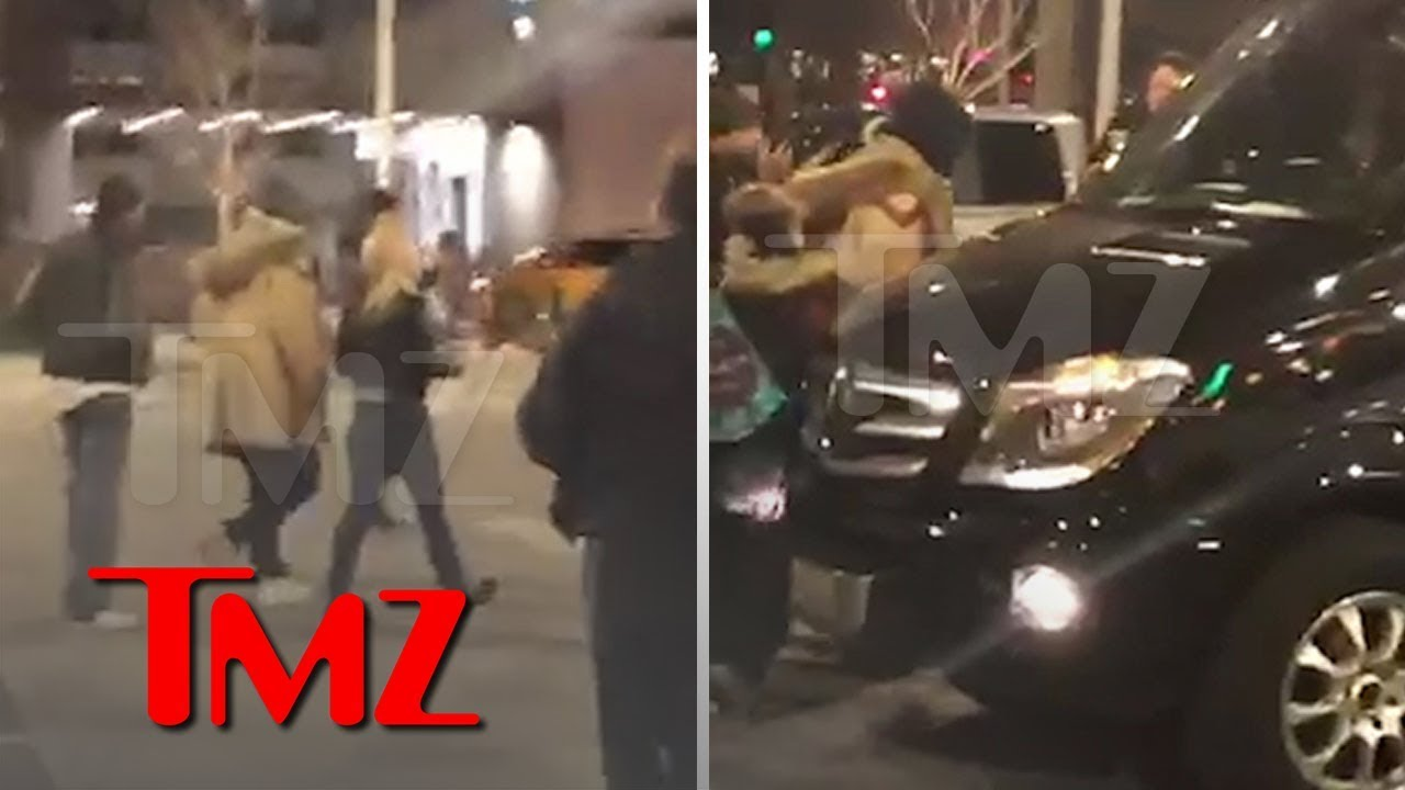 R. Kelly Swarmed As He Leaves McDonald's After Posting Bail | TMZ 5