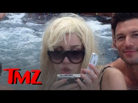 Amanda Bynes Hits the Hot Tub | TMZ 3