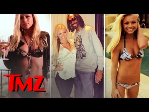 Snoop Gets Hit On By A Playboy Playmate! | TMZ 1