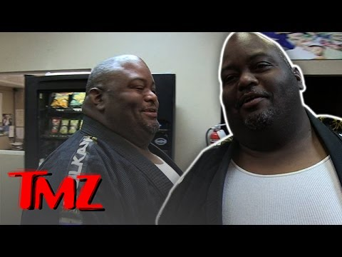 Lavell Crawford: Is There A Correlation Between Spicy Food and Testosterone? | TMZ 1