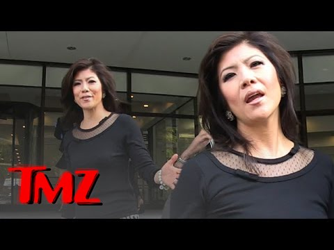 Women Not Wearing Bras, Latest Trend? | TMZ 3