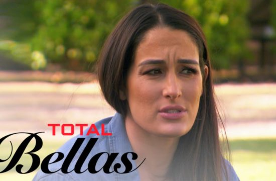 Nikki Bella Returns to Napa For the First Time Since Breakup   Total Bellas   E! 27