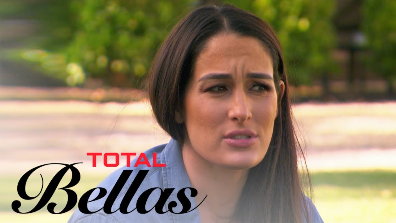 Nikki Bella Returns to Napa For the First Time Since Breakup | Total Bellas | E! 1