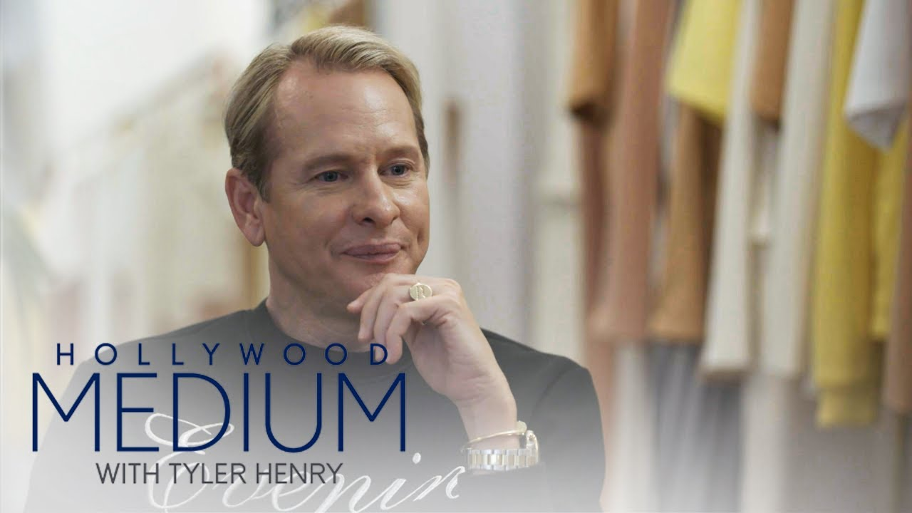 Carson Kressley Feels Closure After Tyler Henry Reading | Hollywood Medium with Tyler Henry | E! 4