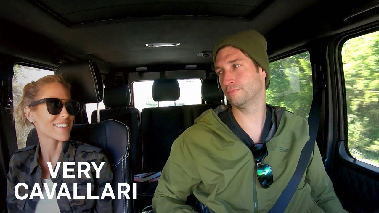 Kristin Cavallari Gets Real About Her & Jay's Finances | Very Cavallari | E! 5