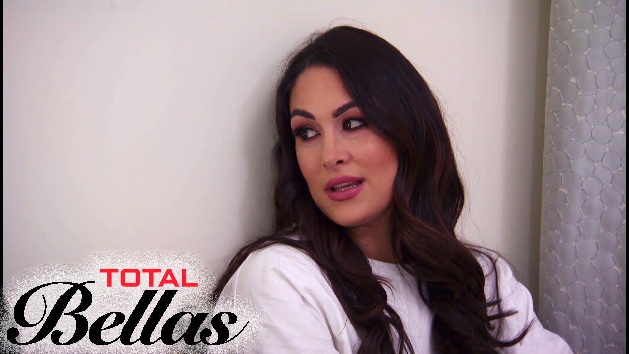 """Total Bellas"" Recap (S4 Ep10): The Evolution of the Bellas | E! 4"