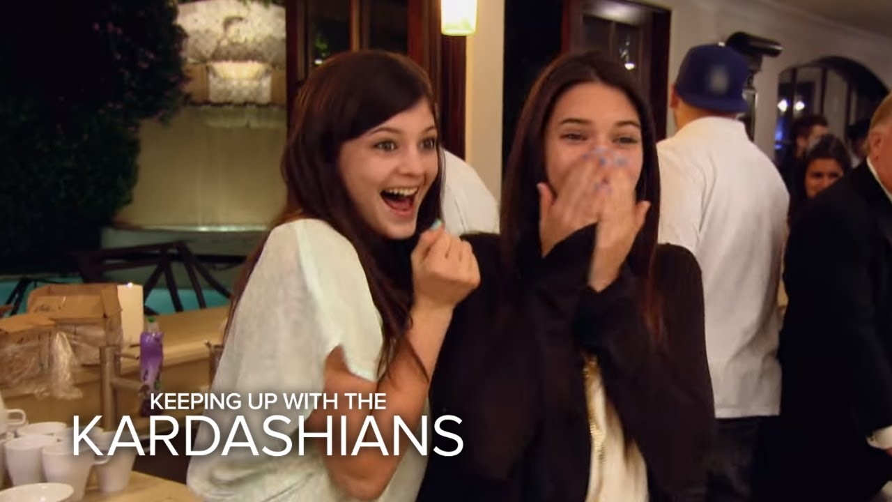 Watch The Kardashians Bust a Move | KUWTK | E! 1