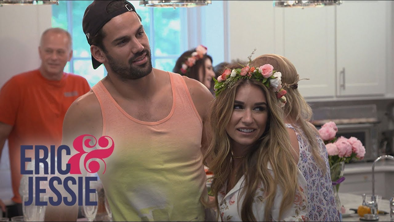 Does Eric Decker Miss Rubbing His Pregnant Wife's Belly? | Eric & Jessie | E! 4