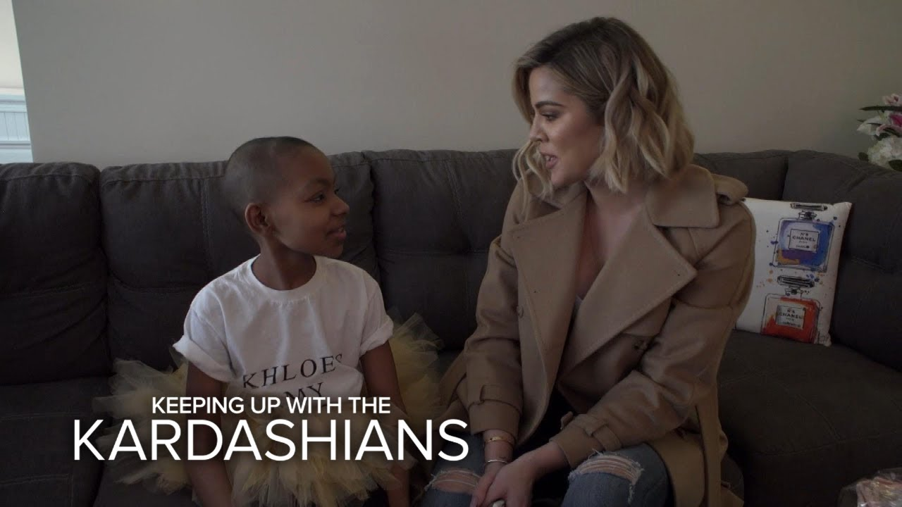 Kourtney Kardashian Is Shutting Down the Party! | Kourtney & Khloé Take the Hamptons | E! 1