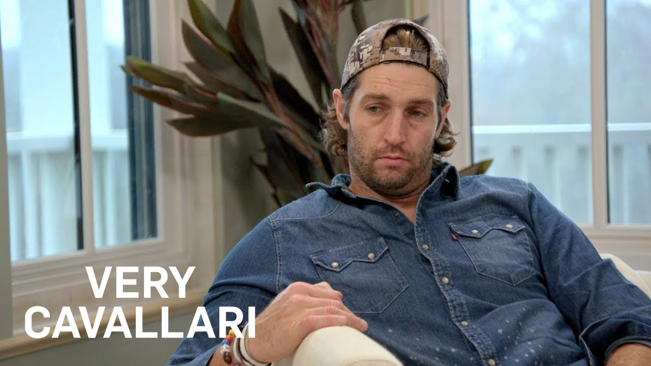 Kristin Cavallari Cries in Jay's Arms After Talking About Loss | Very Cavallari | E! 1