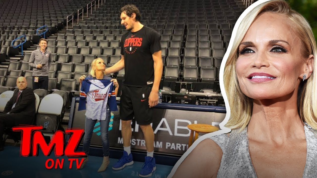 Kristin Chenoweth Wouldn't Be Able To Date A Really Tall Guy | TMZ TV 4