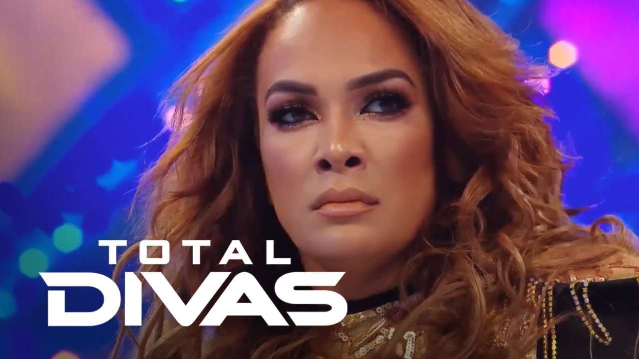 "Best ""Total Divas"" Entrances: Bella Twins, Trinity & More 