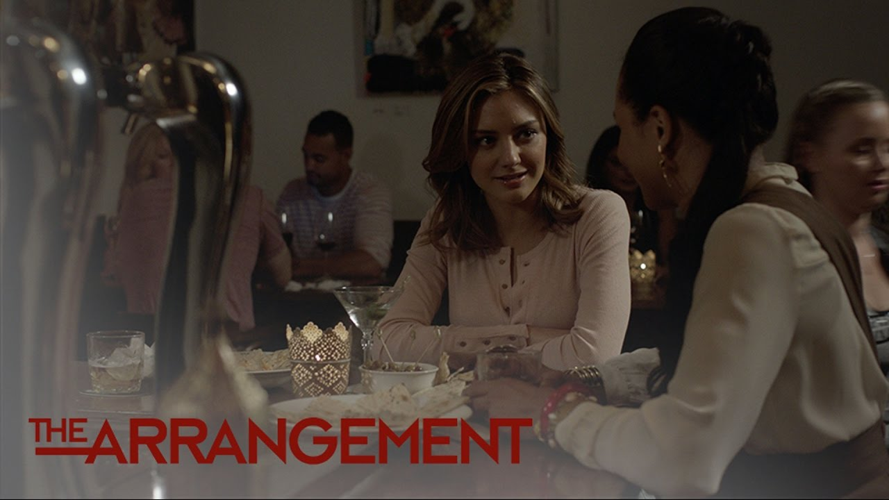 Will Megan Morrison Join The Institute? | The Arrangement | E! 4