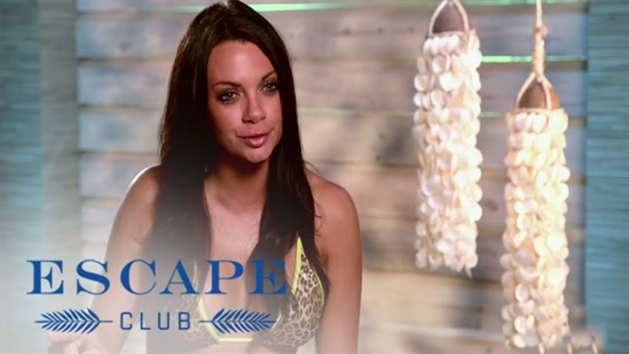 Lisa Hears How Meagan Really Feels | Escape Club | E! 4