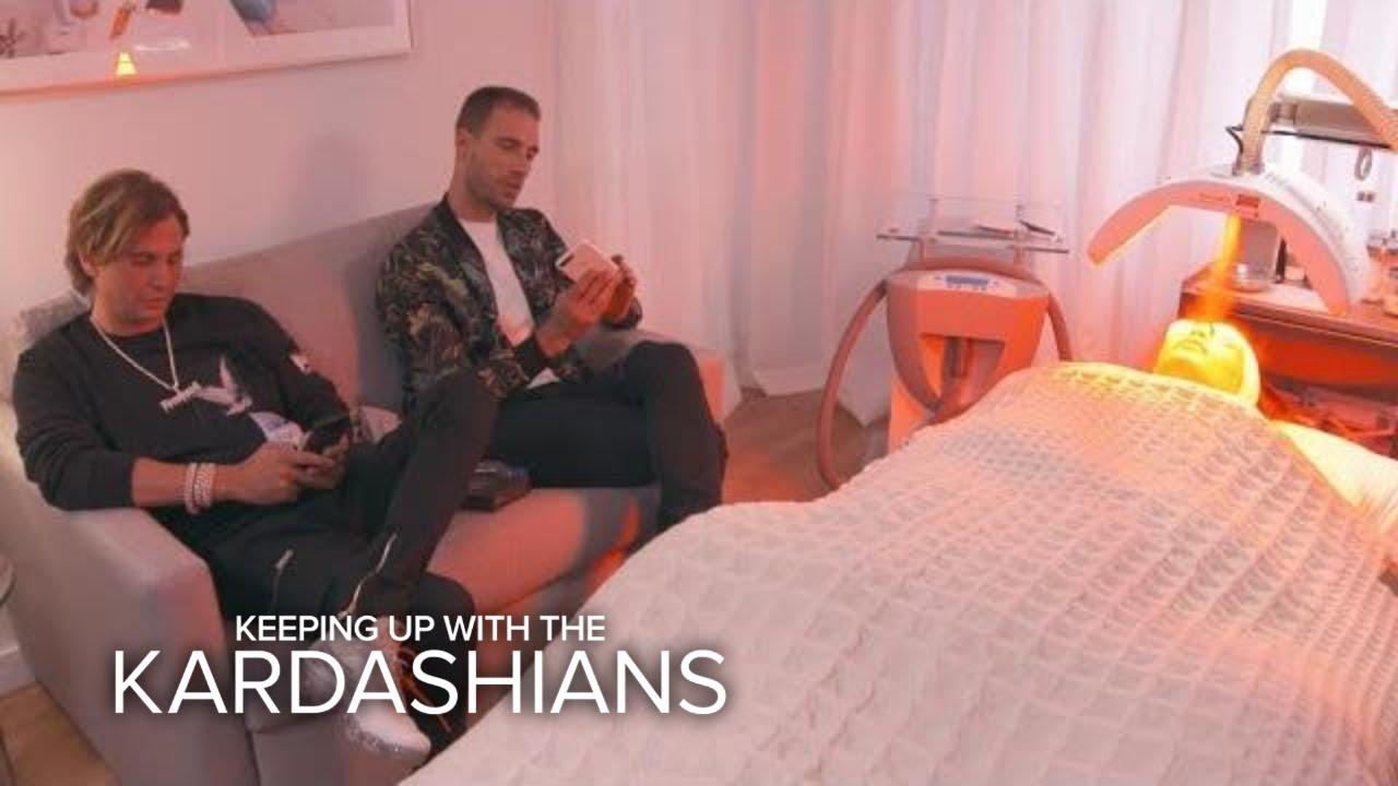 "Kim Kardashian Endures a ""Devil""-ish Red Carpet Facial | KUWTK | E! 1"