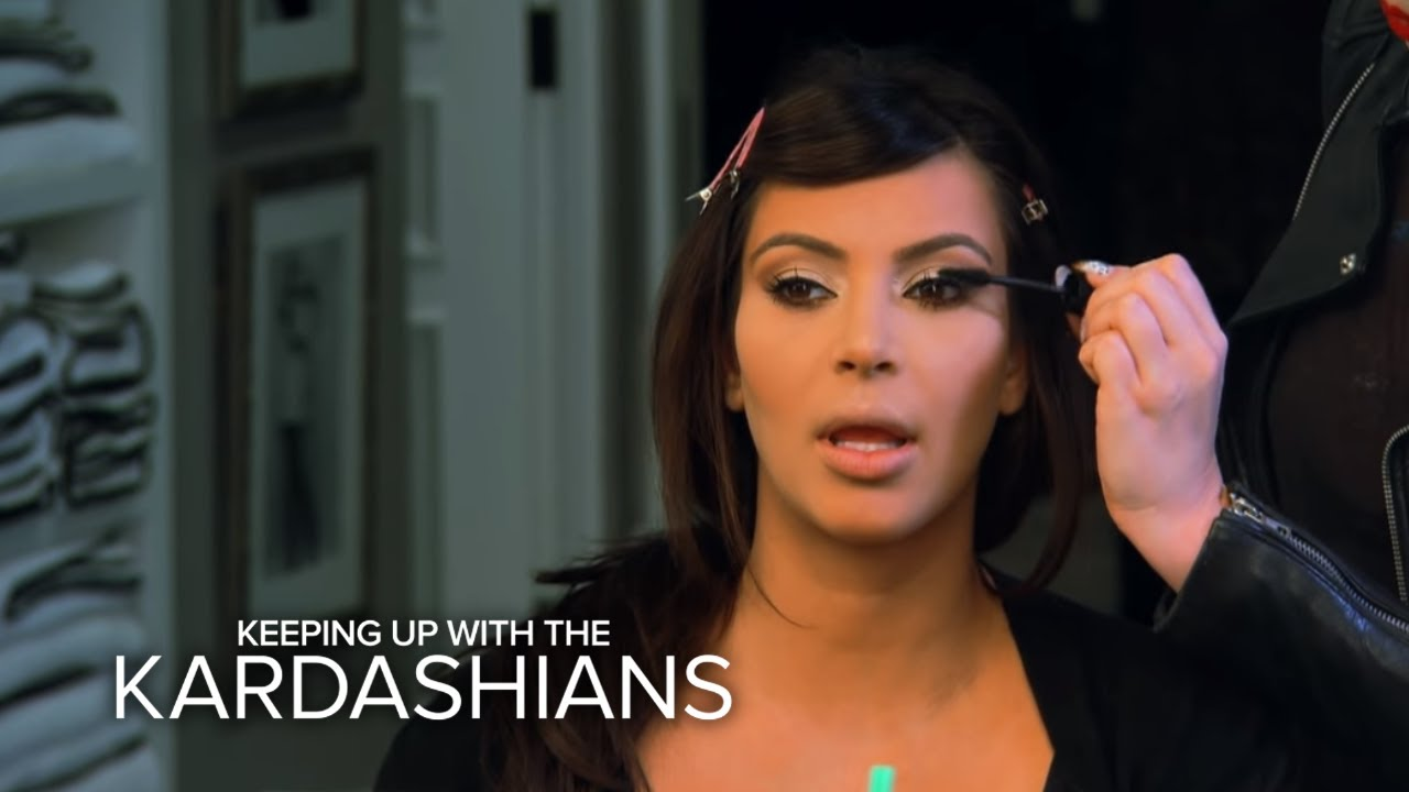 "KUWTK | Kim Kardashian Almost Flakes on ""Kris"" 