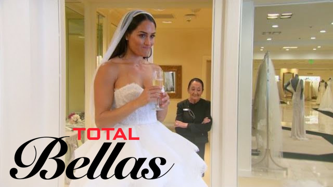 Nikki Bella Doesn't Feel Right Trying on Wedding Dresses | Total Bellas | E! 3