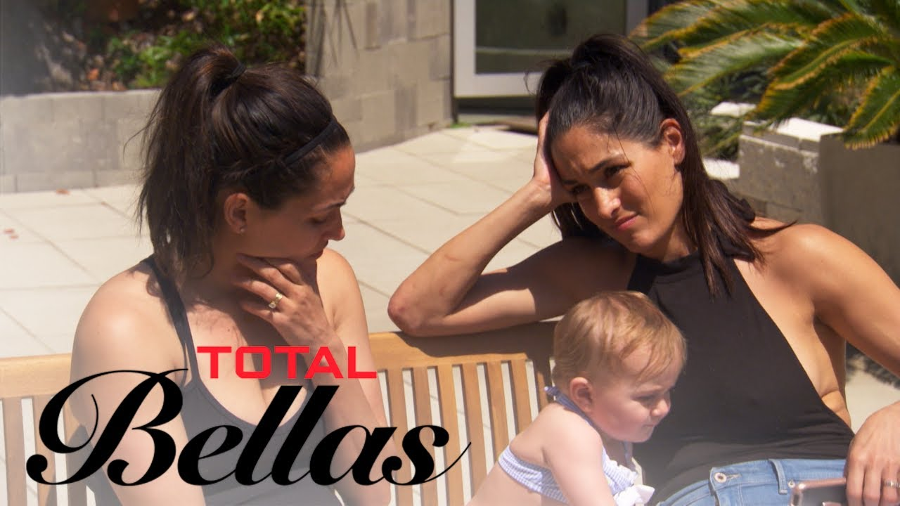 Nikki Bella Consults With Family After Calling Off the Wedding | Total Bellas | E! 4