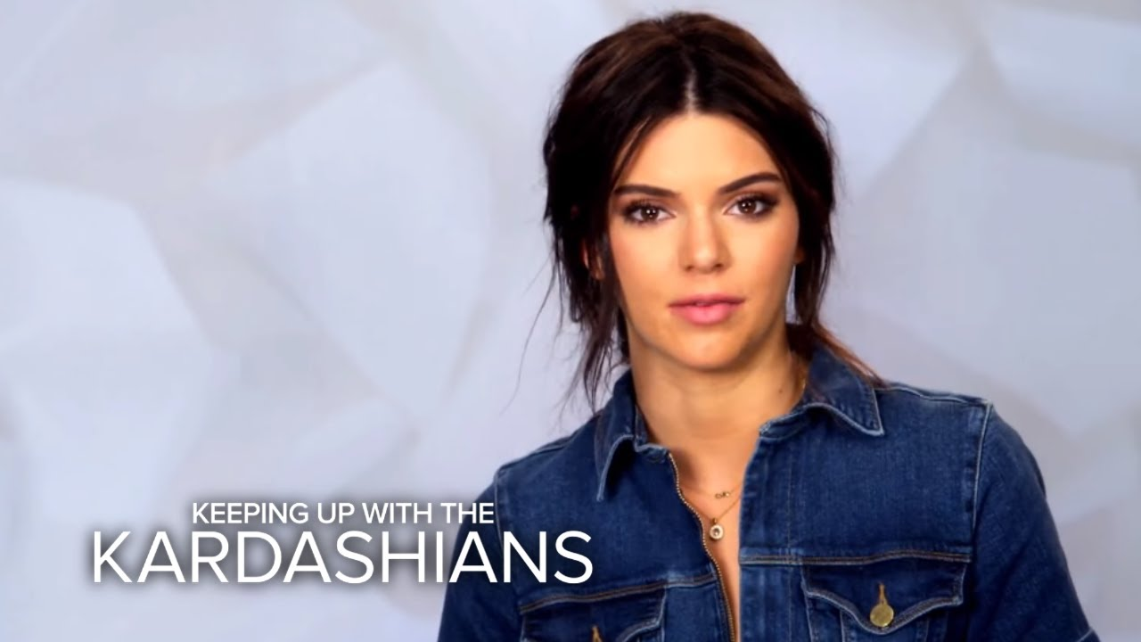 Kendall Jenner Calls Out Kylie Over Family Time | KUWTK | E! 4