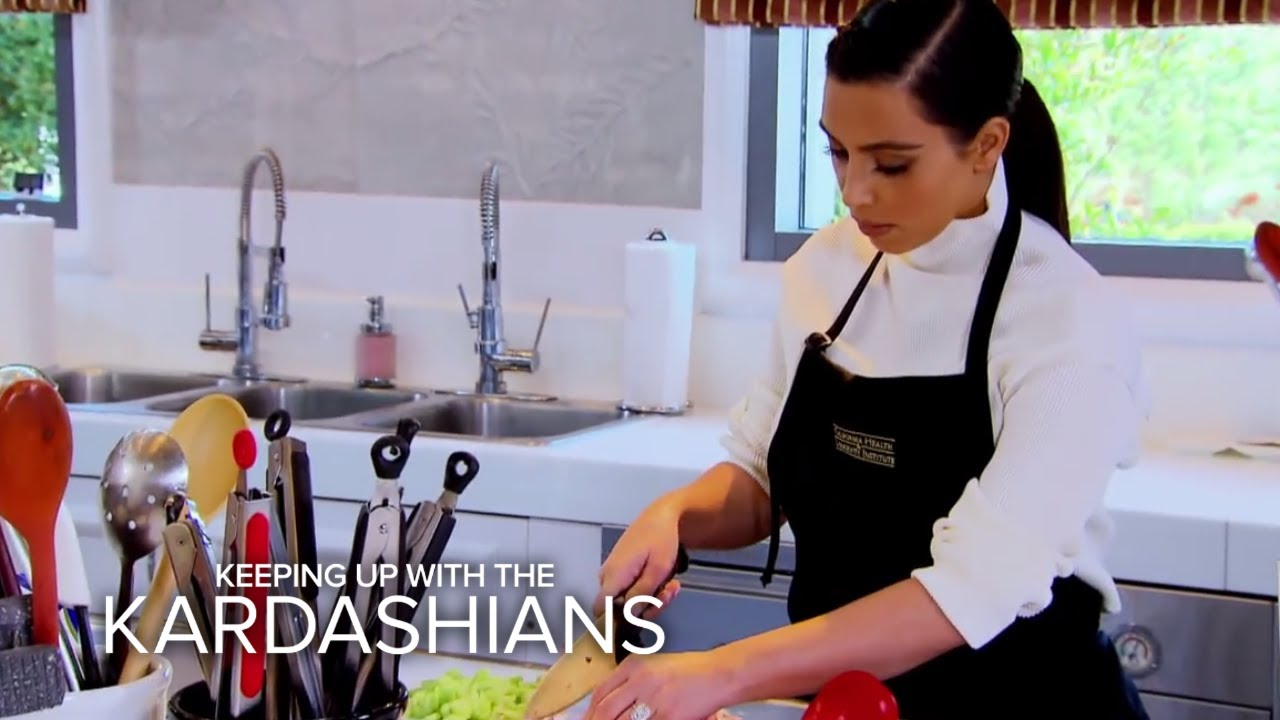 KUWTK | Can Bruce Jenner and Kim Kardashian Learn to Cook? | E! 2