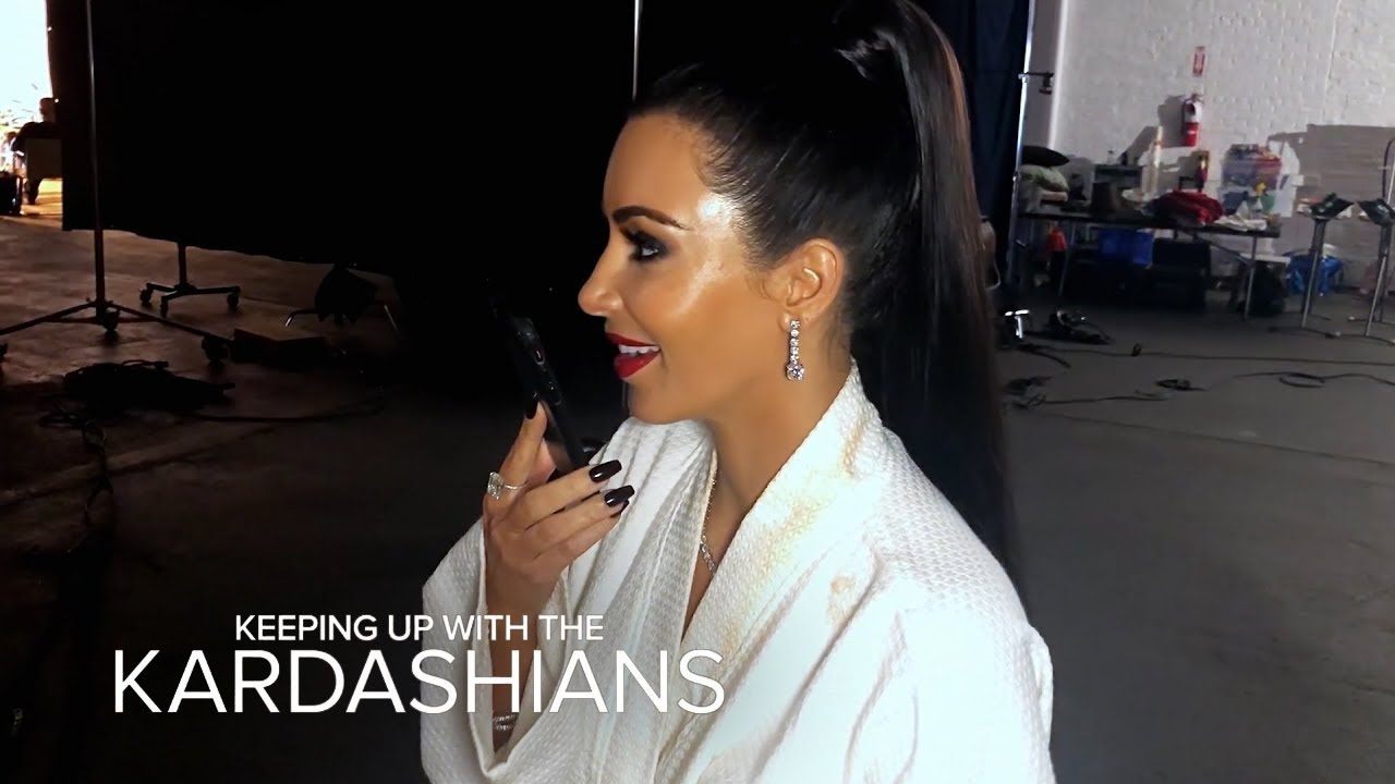 Kim Kardashian Tells Alice Johnson She's Getting Out Of Prison | KUWTK | E! 3