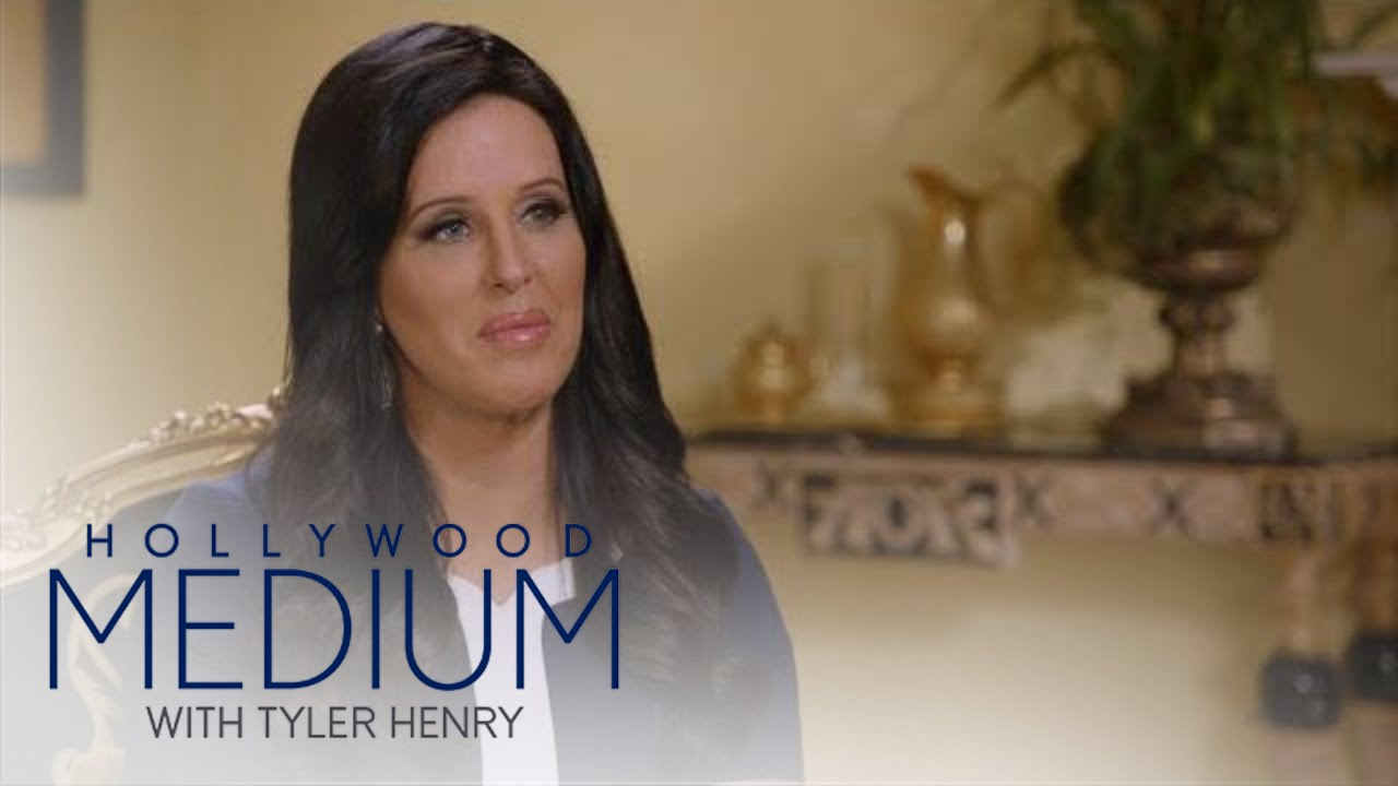 Patti Stanger Finally Learns About Her Biological Mother | Hollywood Medium with Tyler Henry | E! 3