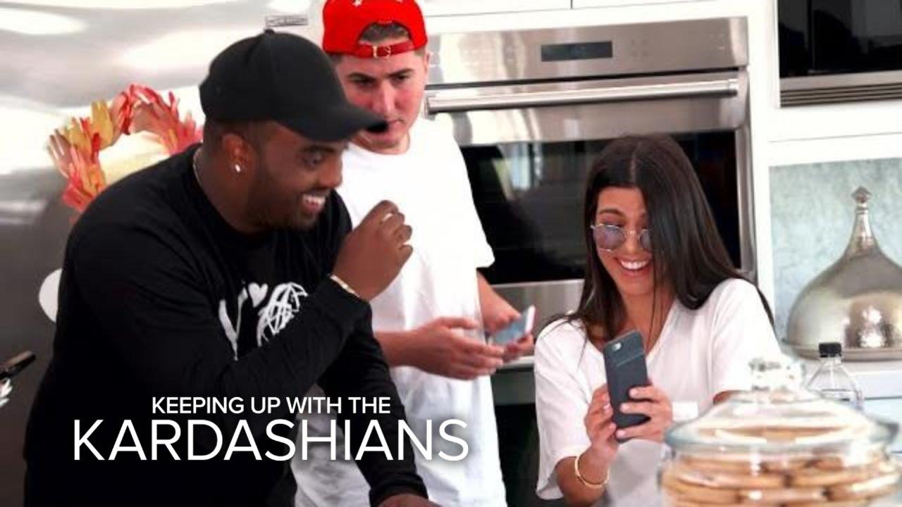KUWTK | Kourtney Kardashian Accidentally Snapchats From Friend's Phone! | E! 4
