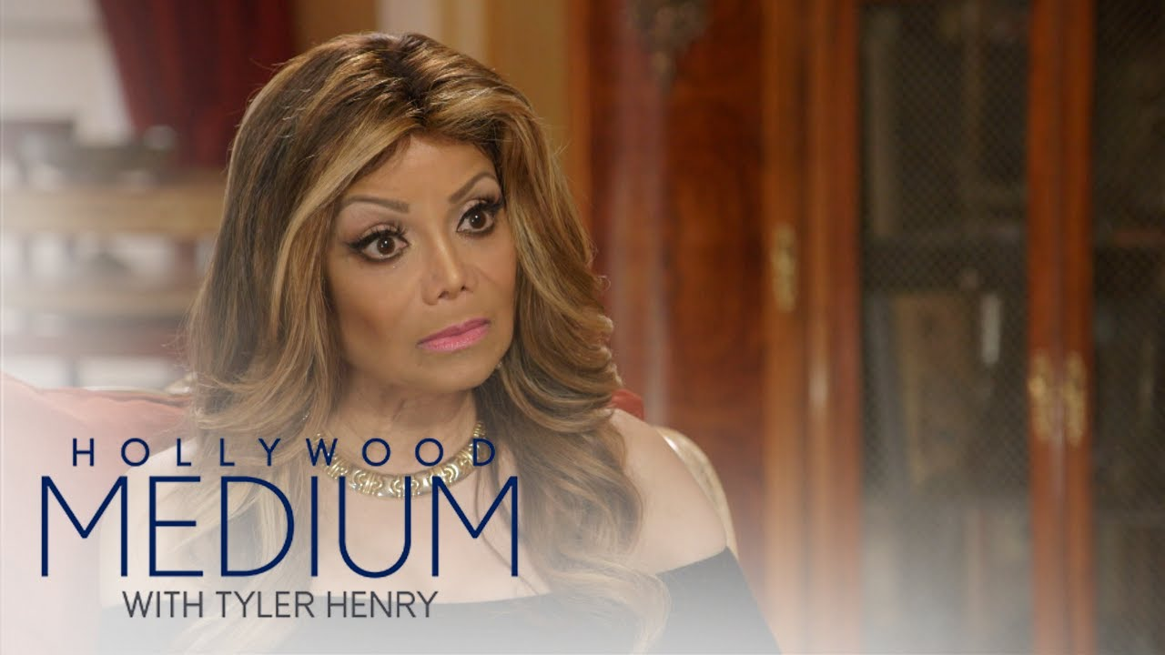 What Were Michael Jackson's Final Thoughts? | Hollywood Medium with Tyler Henry | E! 4