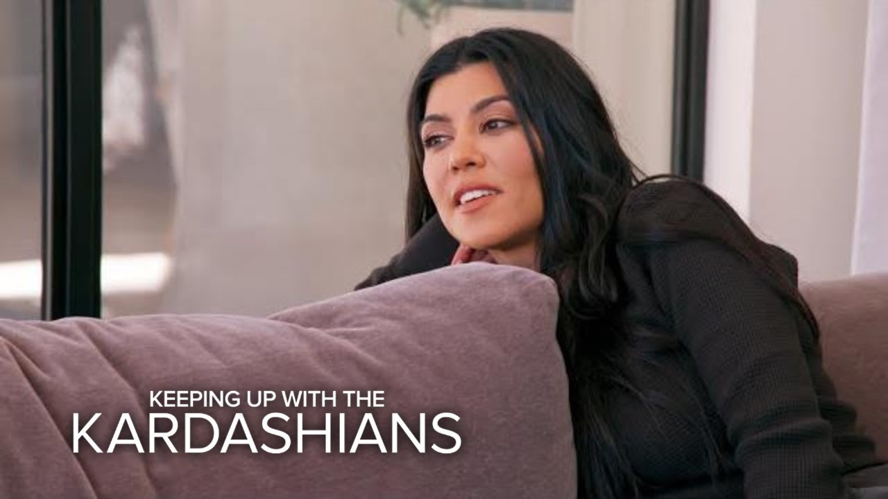 "KUWTK | Kourtney K. Sets House ""Boundaries"" With Scott Disick 