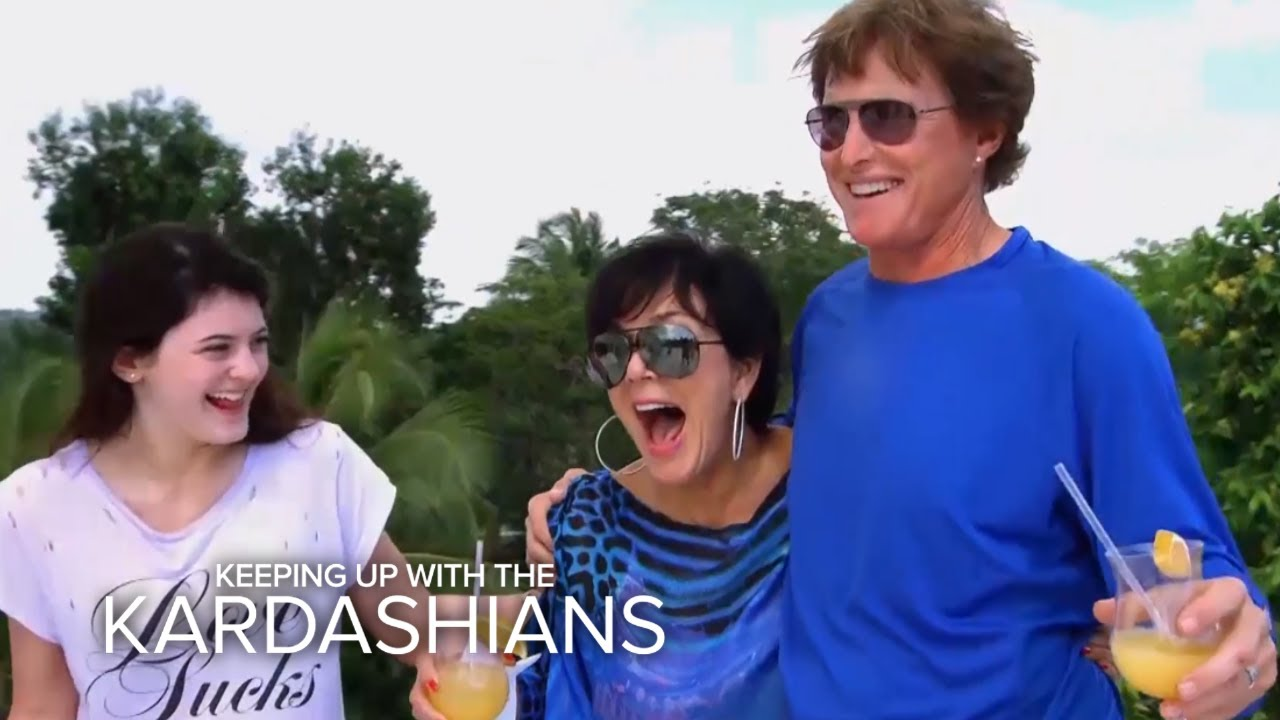 KUWTK | Best Kardashian-Jenner Family Vacations Ever | E! 5