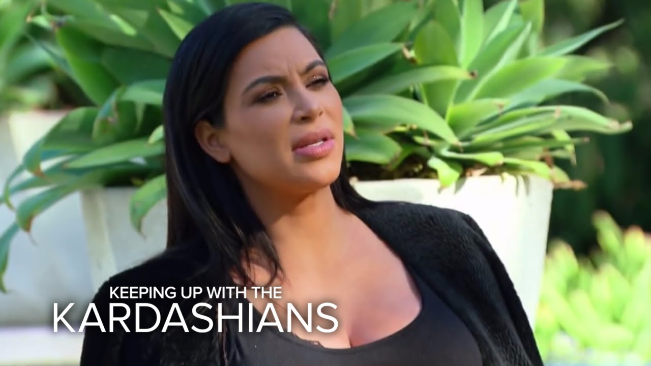 KUWTK | Kim & Kourtney Kardashian Attack Kris With Water Balloons | E! 4