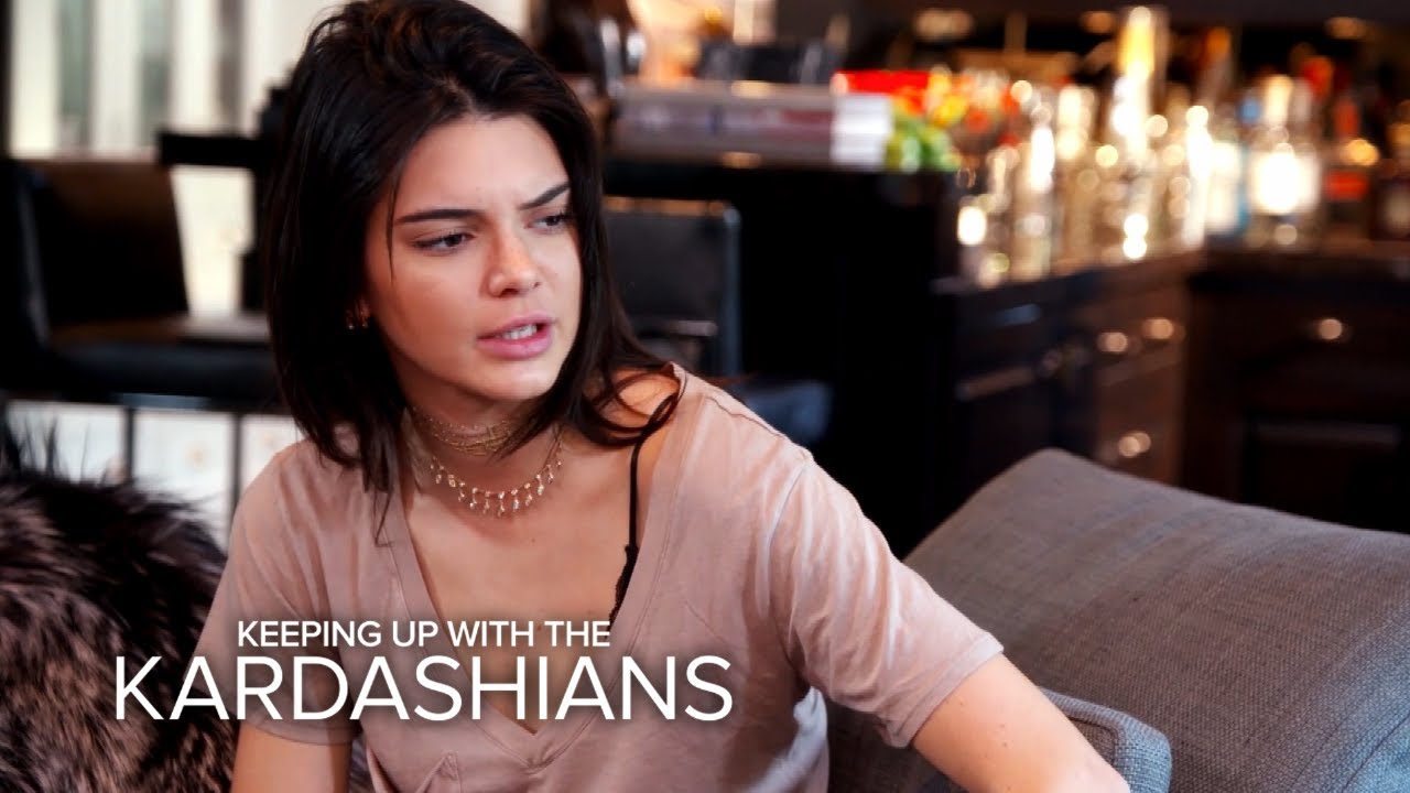 KUWTK | Kendall Jenner Recounts Scary Stalker Incident | E! 1