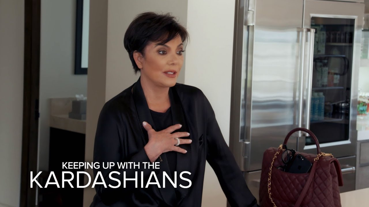 KUWTK | Kris & Kim Scramble to Get to Khloé...Who's in Labor! | E! 3