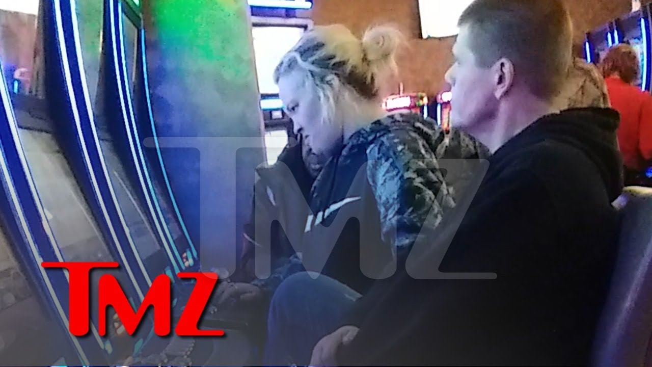 Mama June Hits a Casino Days After Crack Cocaine Arrest 3